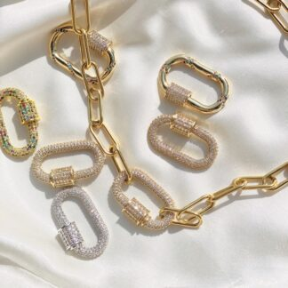 NECKLACES // Colliers